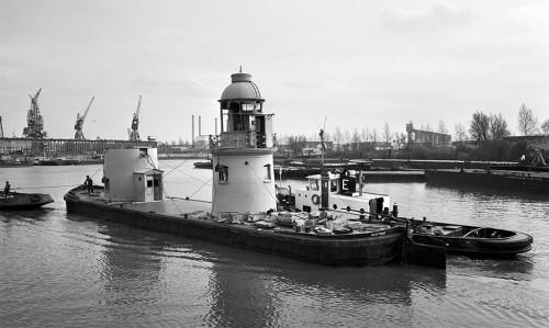 Het lage licht op weg naar Rotterdam, 7 maart 1977.