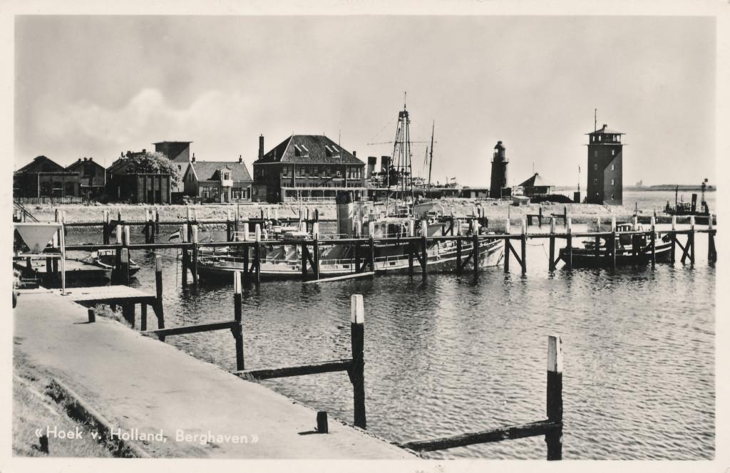 De Berghaven omstreeks 1950. De stenen uitkijkpost is nog niet verhoogd.